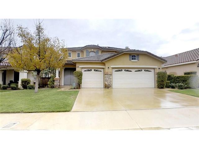 22824 Raintree Lane, Saugus, CA 91390 (#SR18067036) :: Paris and Connor MacIvor