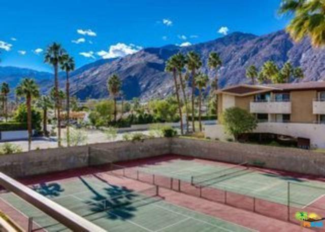 470 S Calle Encilia B3, Palm Springs, CA 92262 (#18330282PS) :: Paris and Connor MacIvor