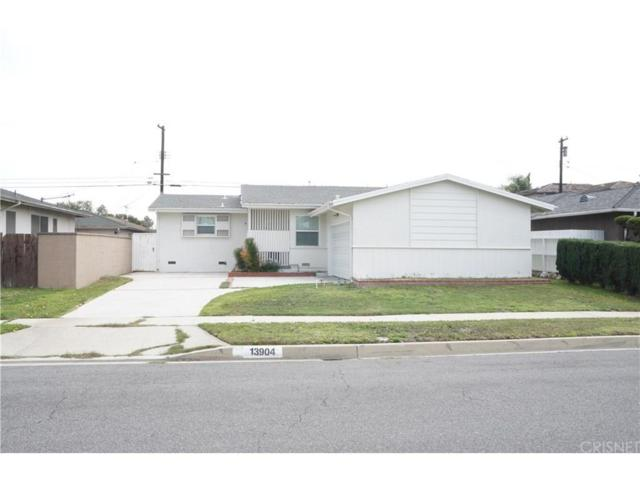 13904 Casimir Avenue, Gardena, CA 90249 (#SR18079300) :: Fred Howard Real Estate Team