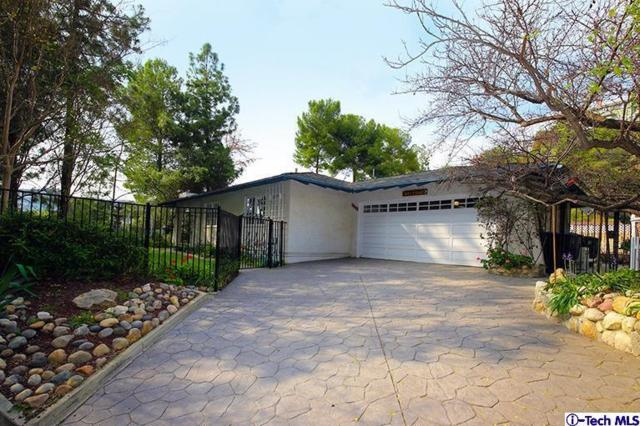 3609 Fullmoon Drive, Glendale, CA 91206 (#318001273) :: Lydia Gable Realty Group