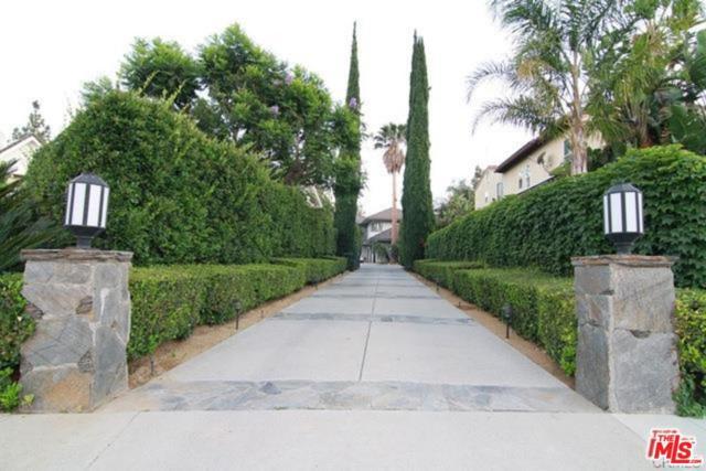 19246 Stare Street, Northridge, CA 91324 (#18334450) :: TruLine Realty