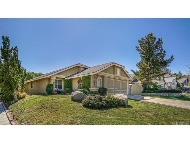 22912 White Pine Place, Saugus, CA 91390 (#SR18089525) :: Paris and Connor MacIvor