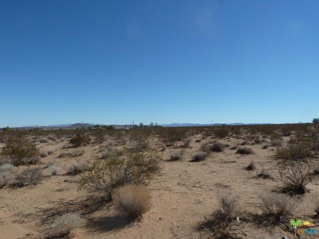 9 Palm Drive, Desert Hot Springs, CA 92240 (#18335698PS) :: Paris and Connor MacIvor