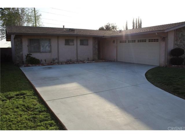 11613 Hunnewell Avenue, Sylmar, CA 91342 (#SR18066526) :: The Fineman Suarez Team