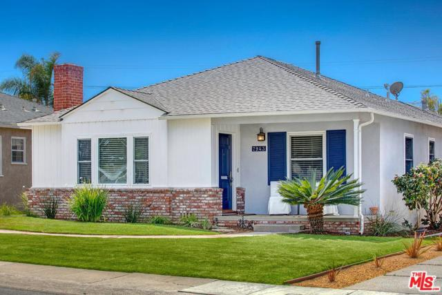 7943 Kenyon Avenue, Los Angeles (City), CA 90045 (#18336850) :: Fred Howard Real Estate Team