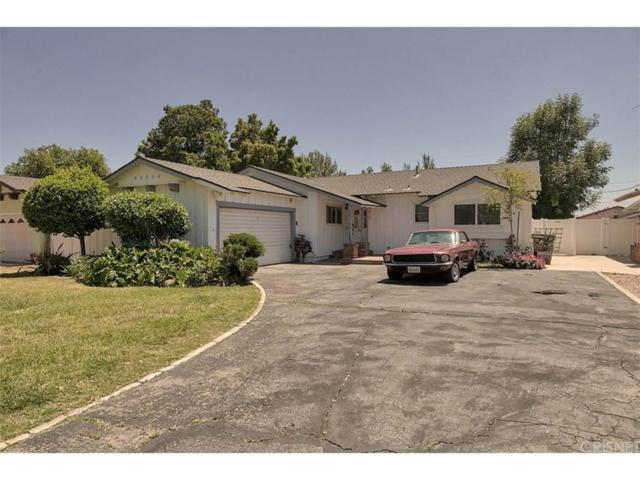 16518 Dearborn Street, North Hills, CA 91343 (#SR18111120) :: Paris and Connor MacIvor
