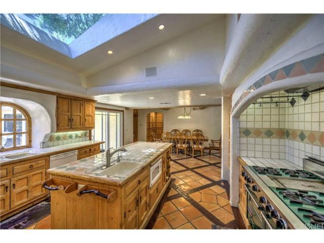 24953 Hacienda Lane, Newhall, CA 91321 (#SR18117746) :: Heber's Homes