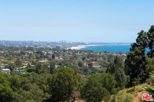 16606 Merrivale Lane, Pacific Palisades, CA 90272 (#18346226) :: The Fineman Suarez Team