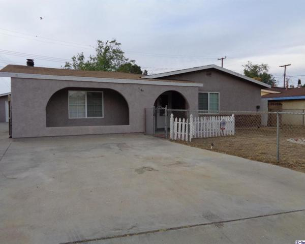 1167 W Avenue P1, Palmdale, CA 93551 (#318001990) :: The Fineman Suarez Team