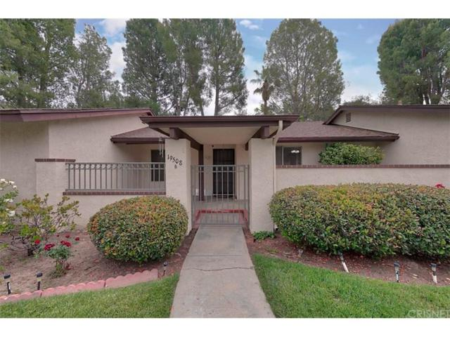 19508 Avenue Of The Oaks B, Newhall, CA 91321 (#SR18121209) :: Heber's Homes