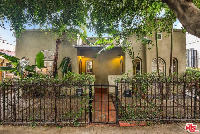 845 N Sweetzer Avenue, West Hollywood, CA 90069 (#18345538) :: The Fineman Suarez Team