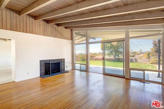 8341 Delgany Avenue, Playa Del Rey, CA 90293 (#18348276) :: Heber's Homes