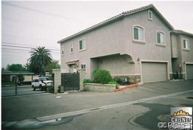 20300 Vanowen Street #3, Winnetka, CA 91306 (#SR18134108) :: TruLine Realty