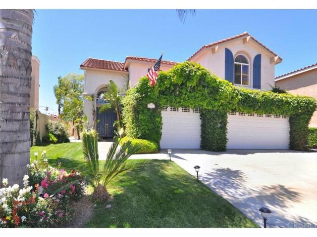 21212 Oakleaf Canyon Drive, Newhall, CA 91321 (#SR18134363) :: Lydia Gable Realty Group