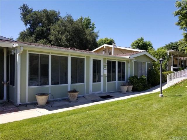 19211 Avenue Of The Oaks B, Newhall, CA 91321 (#SR18142844) :: Paris and Connor MacIvor
