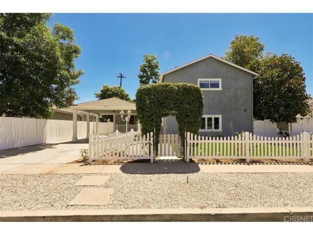 7642 Independence Avenue, Canoga Park, CA 91304 (#SR18143392) :: Paris and Connor MacIvor