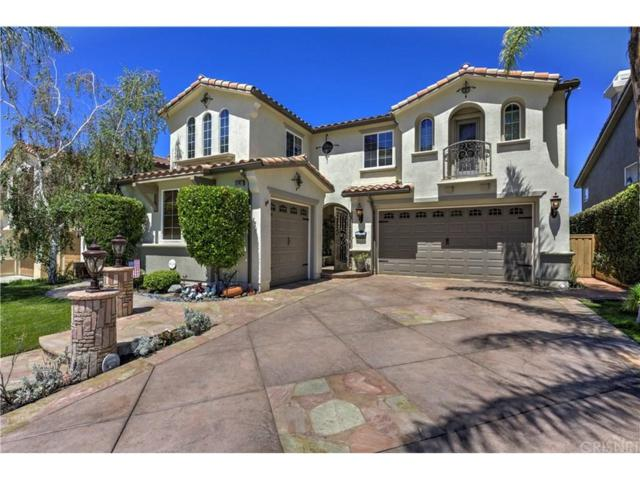 17827 Wren Drive, Canyon Country, CA 91387 (#SR18154090) :: Heber's Homes