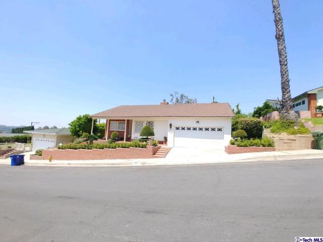 1031 Larker Avenue, Los Angeles (City), CA 90042 (#318002677) :: Fred Howard Real Estate Team