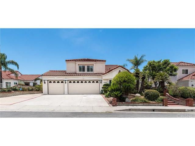 12646 Hubbard Street, Sylmar, CA 91342 (#SR18164900) :: The Fineman Suarez Team