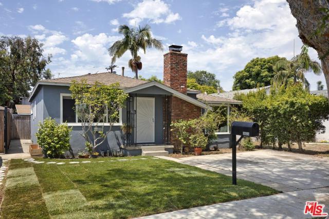 3633 Rosewood Avenue, Los Angeles (City), CA 90066 (#18363198) :: The Fineman Suarez Team