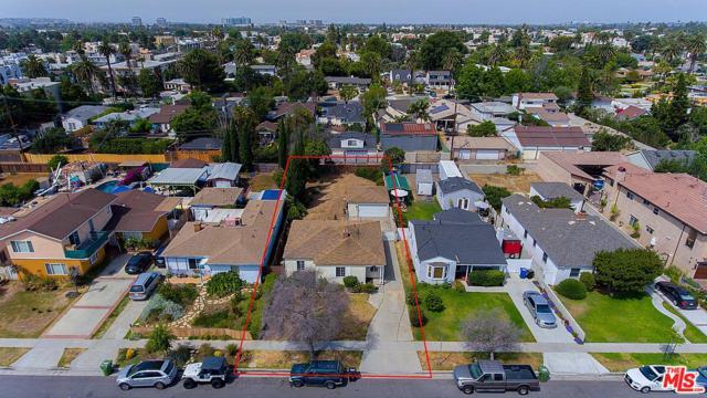 3969 Mclaughlin Avenue, Los Angeles (City), CA 90066 (#18363046) :: The Fineman Suarez Team