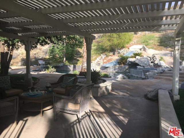 16108 Comet Way, Canyon Country, CA 91387 (#18363572) :: Heber's Homes