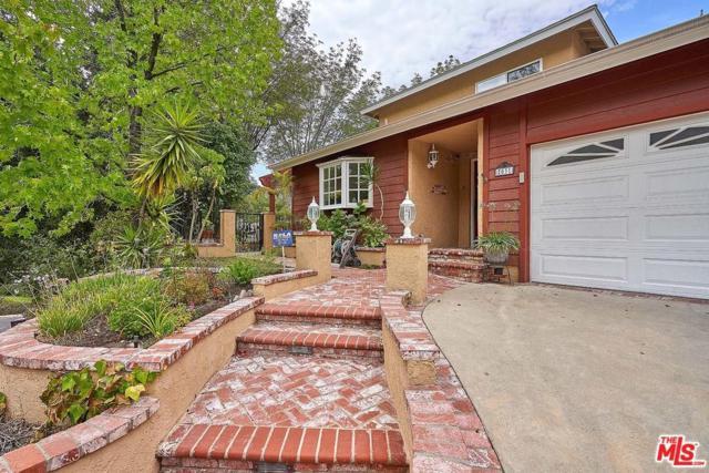 2031 Buckingham Place, Glendale, CA 91206 (#18363802) :: TruLine Realty