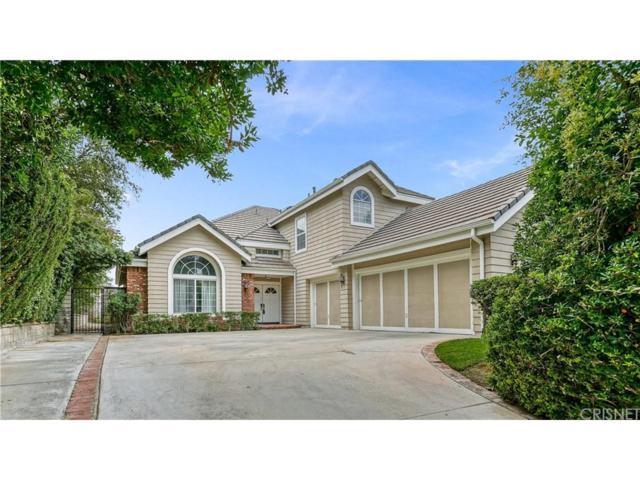 26425 Emerald Dove Drive, Valencia, CA 91355 (#SR18143737) :: Paris and Connor MacIvor