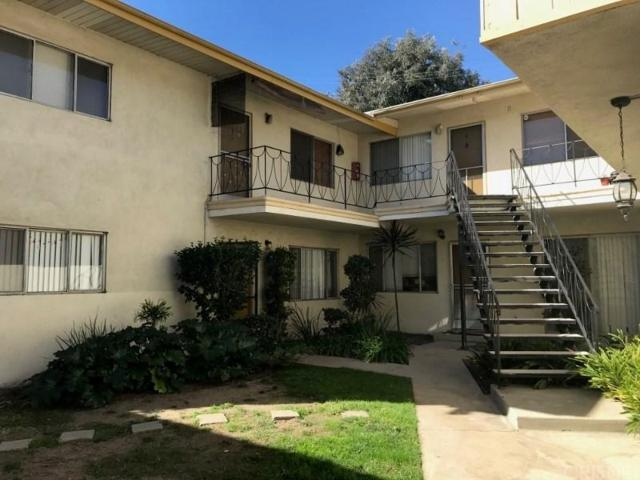 217 S Church Lane, Los Angeles (City), CA 90049 (#SR18169427) :: TruLine Realty