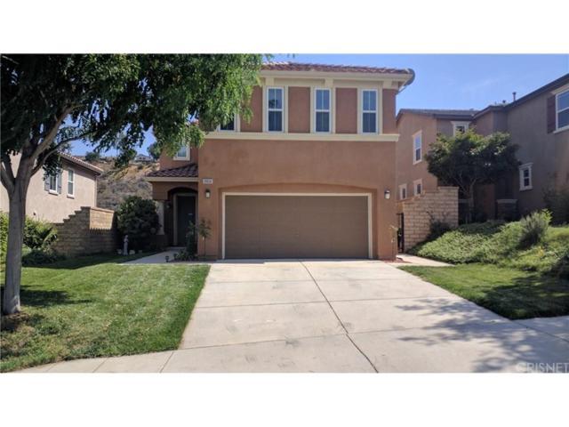 20050 Christopher Lane, Saugus, CA 91350 (#SR18170541) :: Fred Howard Real Estate Team