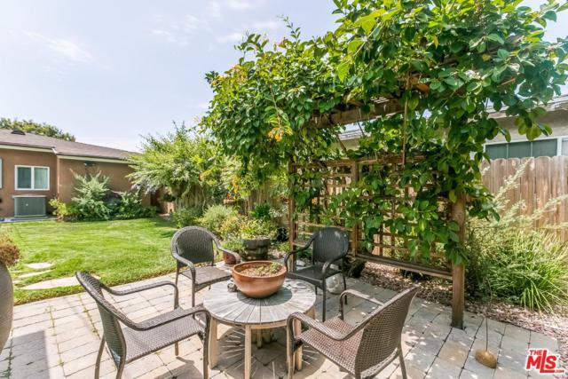 4829 W 134TH Place, Hawthorne, CA 90250 (#18366154) :: Desti & Michele of RE/MAX Gold Coast