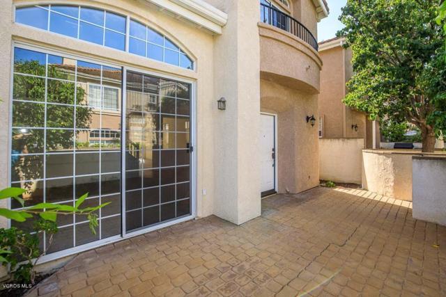 326 Avenida De Royale, Thousand Oaks, CA 91362 (#218009025) :: Lydia Gable Realty Group