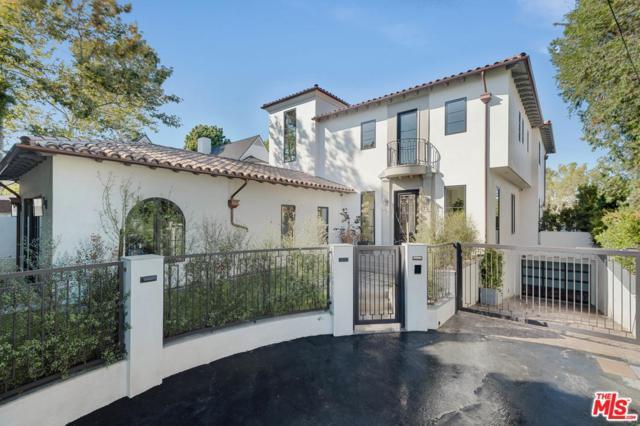 12325 24TH HELENA Drive, Los Angeles (City), CA 90049 (#18367020) :: TruLine Realty