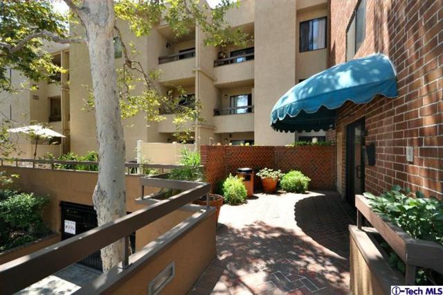 460 Oak Street #218, Glendale, CA 91204 (#318002981) :: TruLine Realty