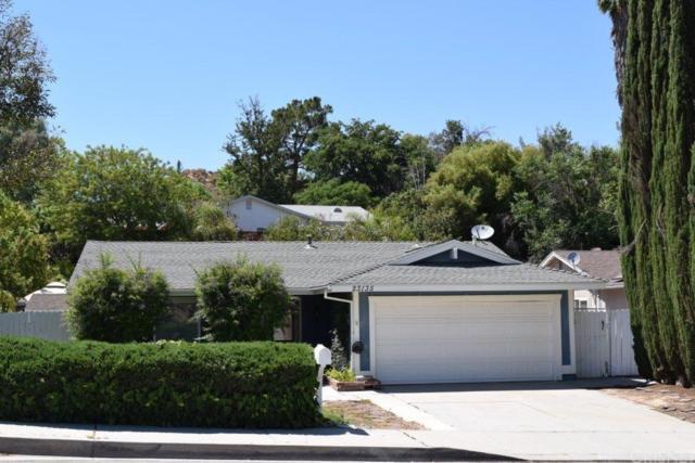 23135 Pamplico Drive, Valencia, CA 91354 (#SR18192897) :: Paris and Connor MacIvor