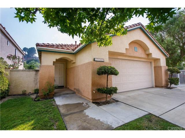 25902 Santa Susana Drive, Newhall, CA 91321 (#SR18194319) :: Paris and Connor MacIvor