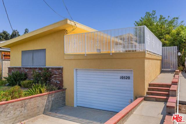 10520 Plainview Avenue, Tujunga, CA 91042 (#18375484) :: The Fineman Suarez Team