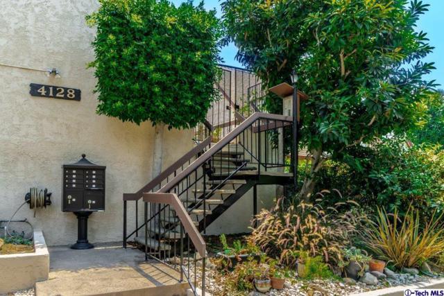 4128 W Hood C, Burbank, CA 91505 (#318003168) :: Fred Howard Real Estate Team