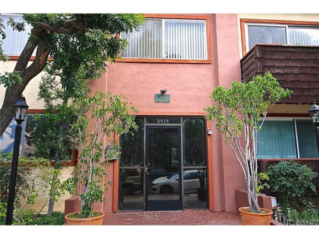 5414 Newcastle Avenue #51, Encino, CA 91316 (#SR18195882) :: Golden Palm Properties