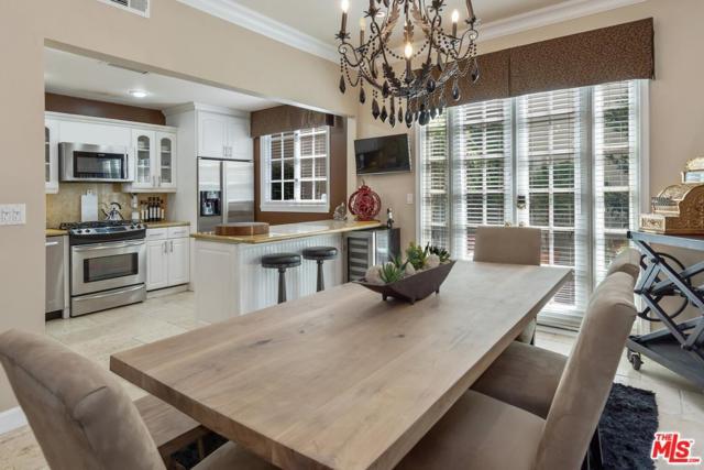 1242 Berkeley Street #5, Santa Monica, CA 90404 (#18374150) :: Golden Palm Properties