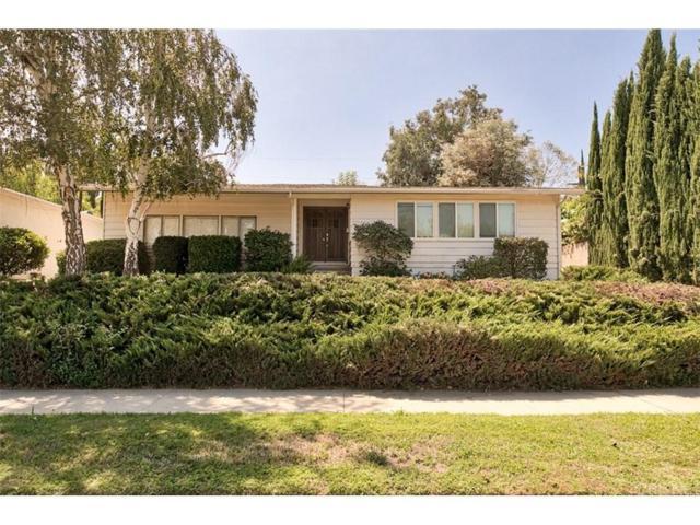 22148 Tiara Street, Woodland Hills, CA 91367 (#SR18198402) :: Golden Palm Properties