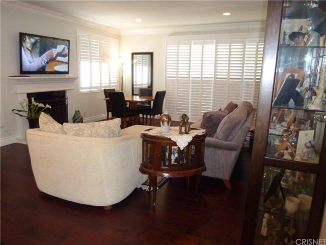 17140 Burbank Boulevard #105, Encino, CA 91316 (#SR18199952) :: Golden Palm Properties