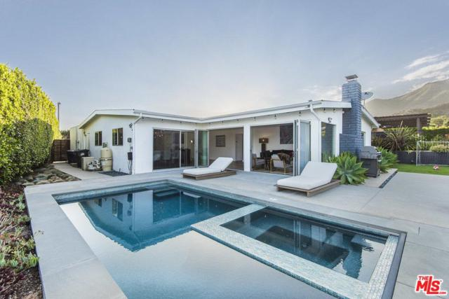 3652 Surfwood Road, Pacific Palisades, CA 90265 (#18376516) :: Golden Palm Properties