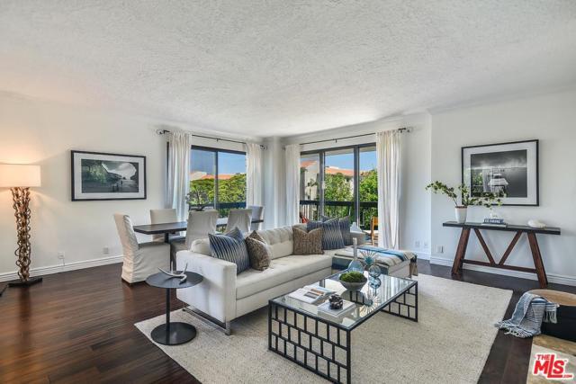124 Idaho Avenue #401, Santa Monica, CA 90403 (#18376134) :: Golden Palm Properties
