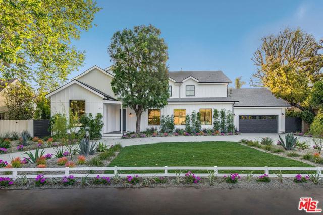 4715 Arcola Avenue, Toluca Lake, CA 91602 (#18376448) :: Golden Palm Properties