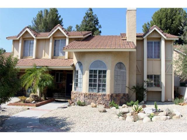 15403 Poppyseed Lane, Canyon Country, CA 91387 (#SR18200850) :: Paris and Connor MacIvor