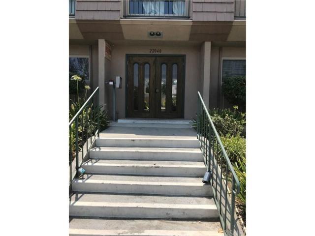 22040 Calvert Street #3, Woodland Hills, CA 91367 (#SR18200948) :: Golden Palm Properties