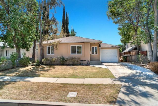 17606 Bromley Street, Encino, CA 91316 (#SR18201546) :: Golden Palm Properties