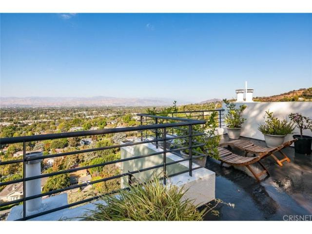 3627 Dixie Canyon Avenue, Sherman Oaks, CA 91423 (#SR18200527) :: Golden Palm Properties