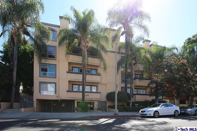 5224 Zelzah Ave Avenue #308, Encino, CA 91316 (#318003588) :: Lydia Gable Realty Group